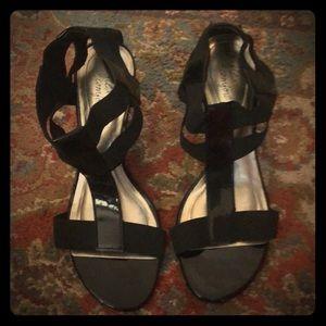 Strappy Black Platform Sandals: 8